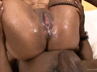 Busty Ebony Babe Dani Dior Gets Fucked and Creampied In Sexy Stockings