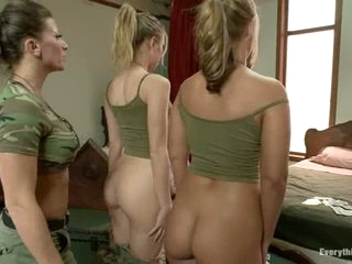 Privates Roxy Raye and Chastity Lynn