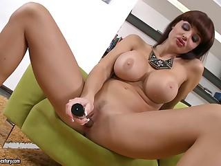 Big titted porn diva Aletta Ocean strips and masturbates