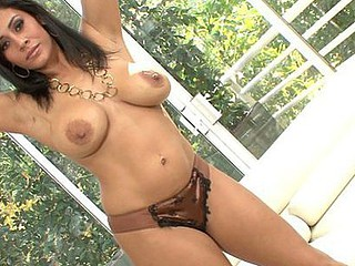 Raylene shows off her hawt, curvaceous body and her gorgeous face.  That Babe's still got the jiggle in that rack of hers, and her round arse cheeks get some good action as the hard dude himself, Manuel Ferrara, shows her what that babe's been missing since that babe retired from porn ten years back.