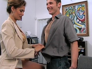 A classic MilfLessons update from 2004. Monique is our most excellent Mother I'd Like To Fuck we've ever had the chance working with and watching her fuck youthful studs. Tall, sexy Latin Babe with a body of a goddess. Each youthful studs wet-dream. Come and watch this Latin Mother I'd Like To Fuck work that butt. We love u..