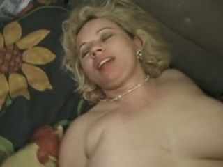Plumper british blonde milf anal spoon