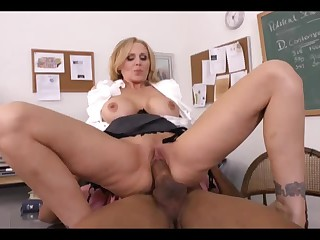Sex hungry MILF teacher Julia Ann