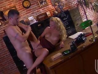 Stunning Blonde Cassie Fucks Her Way To Stardom
