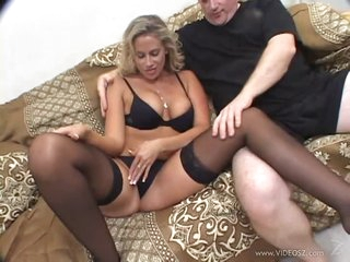 Horny Blonde MILF Kylie G Worthy Gets Fucked In an Interracial 3some