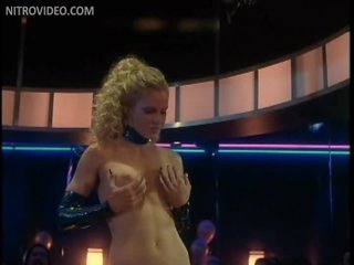 Sensual Kristin Bauer Shows It All In a Cock-Bursting Striptease Scene