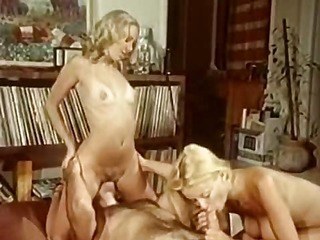 Vintageporn group sex with bj and lesbian action