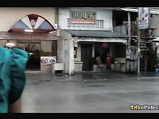 Filipina with lovely marangos gets picked up and fucked by sex-tourists