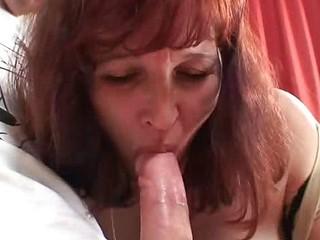 Fuck meat inside granny pussy