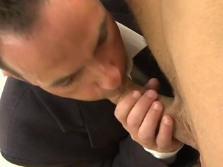 Smutty and delighful facial ejaculation for pretty flower chap