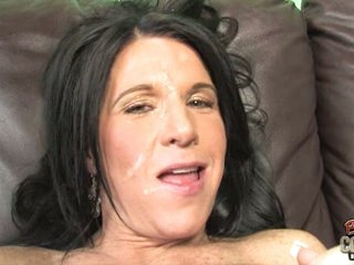 Kendra Secrets let guys cum explode on her face