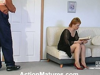 Lascivious older chick getting banged from one as well as the other her ends right on the sofa