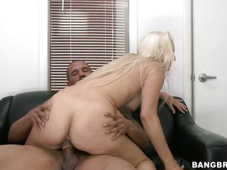 Luscious blonde milf Maci is ridding a hard dick with all her powers. She doesn't wants to miss a single inch of the guy's penis and takes it as deep as she can in cowgirl position then from behind. As the guy drills her big white booty she smiles with pleasure and after a bit more ridding this blondie kneels and rubs the..