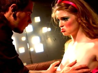 Doll faced Faye Reagan sucks off a solid prick