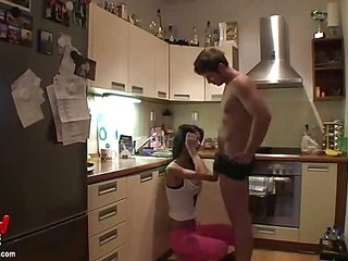 Blowjob in the kitchen and facial