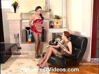 Marion&Rosa great nylon feet video