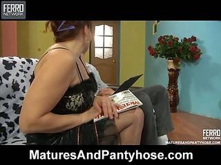 Viola&David pantyhose mom in action