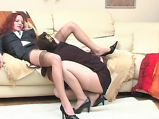 Nasty mommy shows to her youthful co-worker how to relax after stressful workday