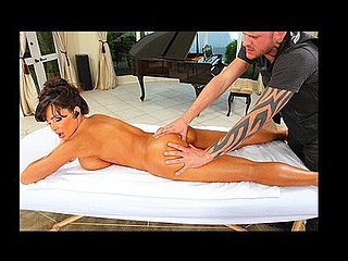 Lisa Ann lastly has a day off but that babe is constantly being pestered with phonecalls. This Babe is very annoyed with the masseuse coz this chab isn't putting sufficiently effort into it. To fight back Scott puts his finger up Lisa's constricted anus. Caught off guard, Lisa laughs and tells Scott this guy could not at any..