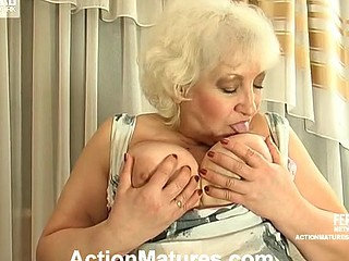 Chubby mommy dropping on her knees to give great oral-sex longing for sexy fuck
