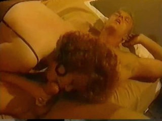 Classic porn threesome with busty girl